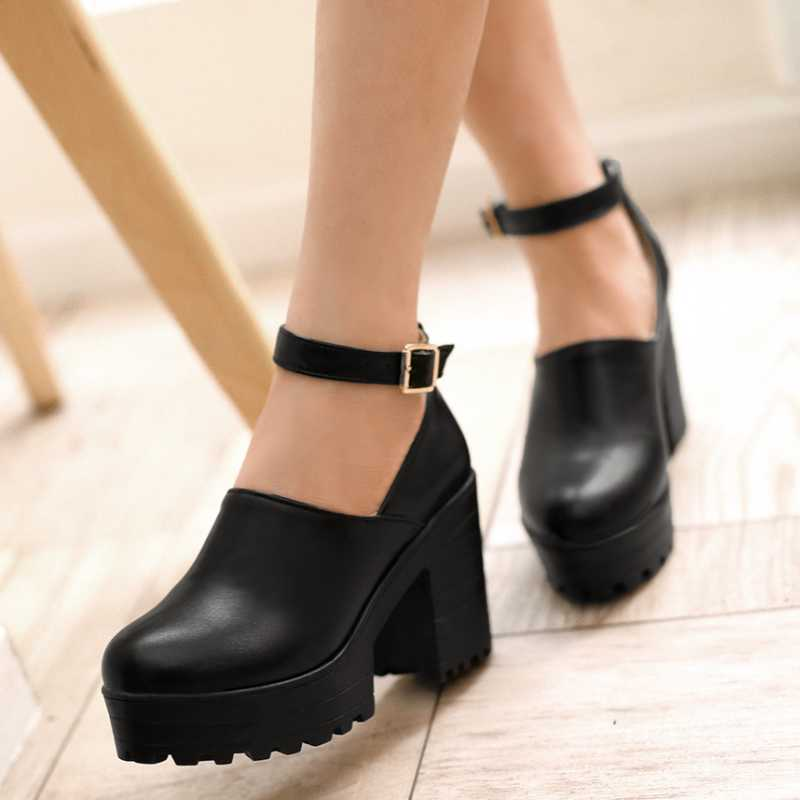 ФОТО Plus Size 34-43 Round Toe Solid Women Shoes Concise High Thick Heel Women Pumps With Buckle Classics Platform Ladies Pumps