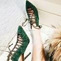 Moda Punta estrecha Mujeres Verdes Bombas Ahueca Hacia Fuera de Encaje Hasta zapatos de Tacón Alto Botas de Verano Gladiador Sandalias de tacón de Aguja Zapatos de San Valentín