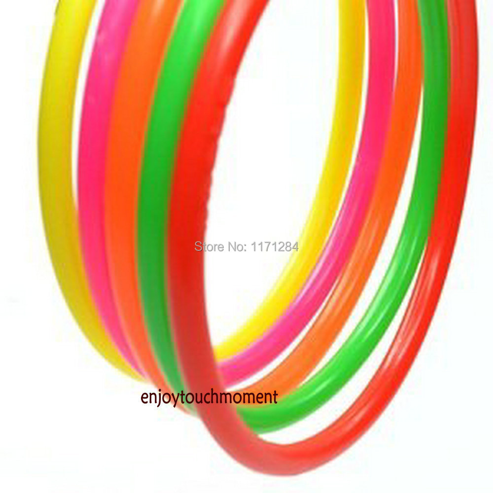 Cosmos 10 pcs Medium Size Plastic Toss Rings for Speed and Agility Practice Game
