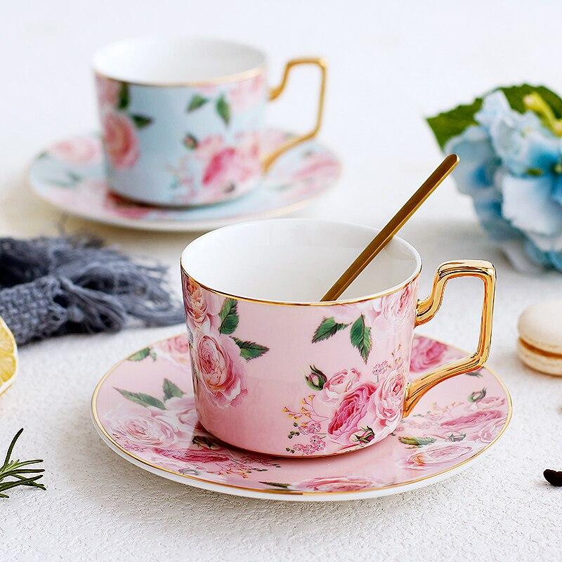 Mode or jante rose en céramique tasse à café soucoupe maison thé tasse ensemble simple après-midi thé fleur thé tasse avec cuillère vacances cadeau