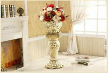High - grade European ceramic vase living room porch villa large Roman column is decorated with modern luxury decoration.