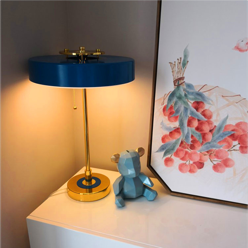 Modern Minimalist Metal Bedroom Bedside LED Table Lamps Home Lighting Desk Lamp Study Desk Wrought Iron Table Lights Decoration