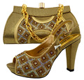 African Shoe And Bag Set Gold Color Italian Shoe With Matching Bag Best Selling Lady Matching Shoe And Bag Italy Design MM1024
