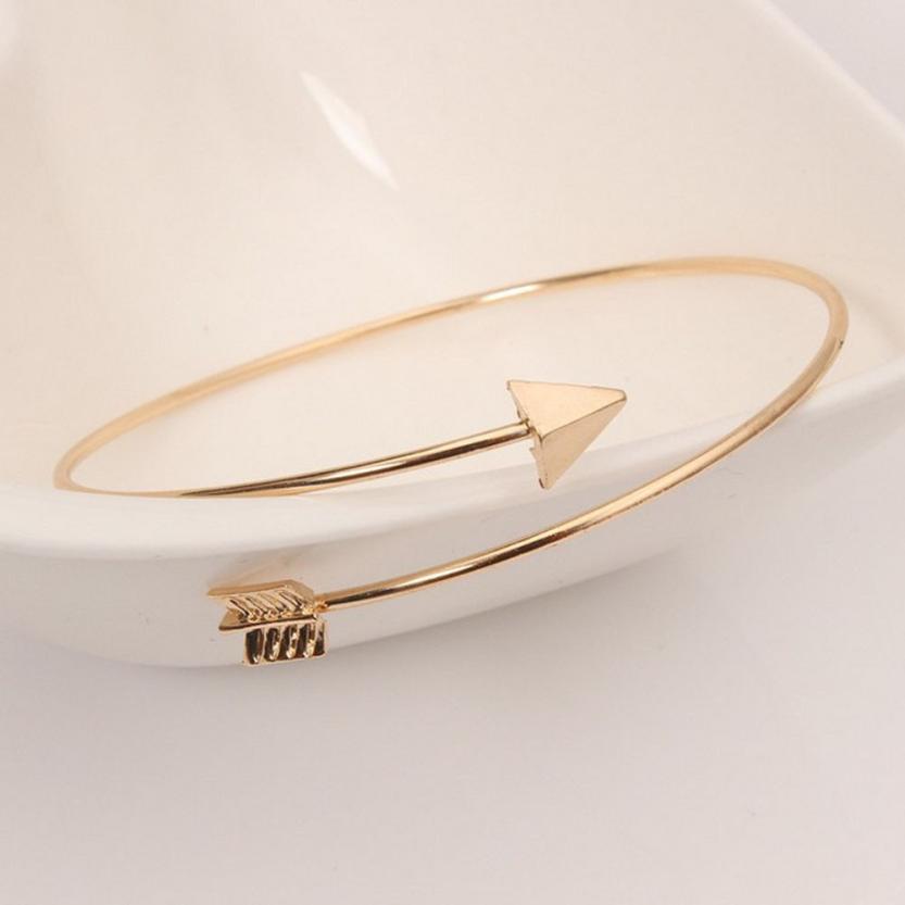 Simple Fashion Bracelet 2
