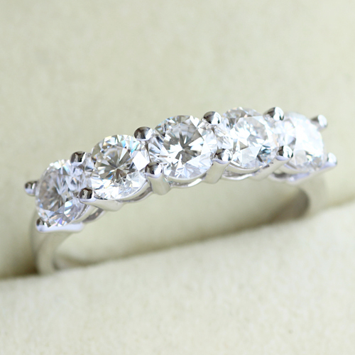 Queen Brilliance 1 5 Ct Tw Fgh Color Engagement Wedding Band Half Eternity Moissainite Diamond Ring 14k