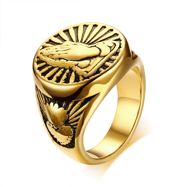 Vintage Mens Religious Praying Hands Signet Ring in Gold Tone Stainless Steel Je
