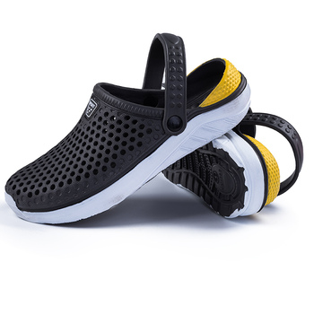 Comfortable Men Pool Sandals Summer Outdoor Beach Shoes Men Slip On Garden Clogs Casual Water Shower Slippers Unisex 2019 New 1