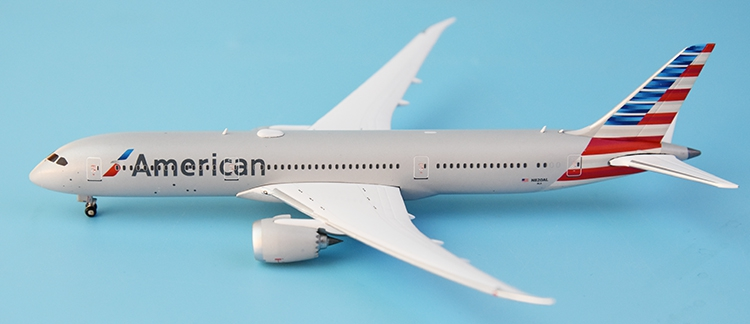 New product GeminiJets 1: 400 GJAAL1603 American airlines  B787-9 N820AL Alloy aircraft model Collection model Holiday gifts
