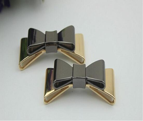 Free shipping (10 PCS/lot) high quality black gold and gold bow sandal shoes button clip DIY manual metal Shoe Decorations c-40 20pcs lot free shipping 5 design diy hair accessory bow flowers pearl buttons alloy rhinestone button bt05