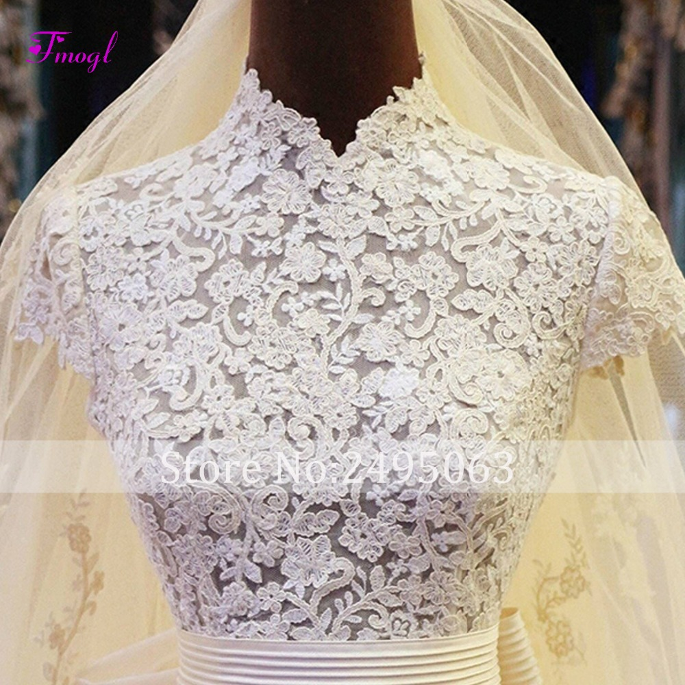 Fmogl Graceful Appliques High Neck A-Line Wedding Dresses 2018 Fashion Pleated Sashes Bow Vintage Bridal Dress Vestido de Noiva