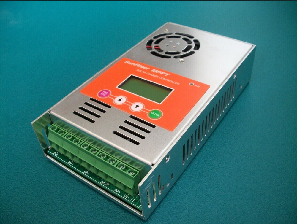 цены High Efficiency 40A 12V/24V/36V/48V MPPT Solar Panel Battery Charge Controller Regulator 30A 50A 60A