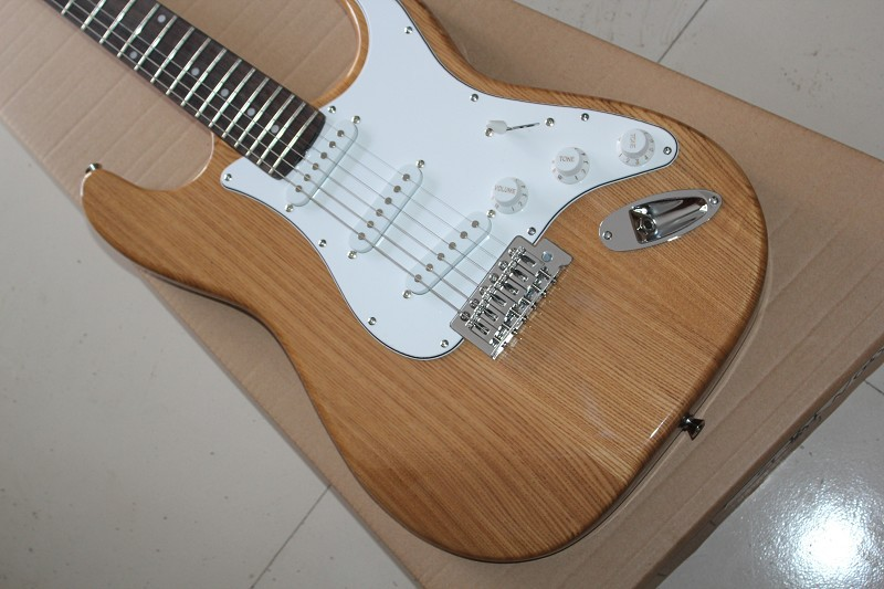 Custom new Stratocaster 6 string Electric Guitar Natural northeast China ash body wood color Guitar Free Shipping 930 mini handheld 17 6 string electric guitar toy random color 2 aa