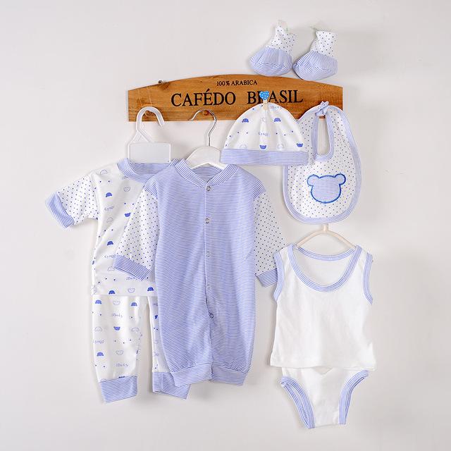 2016 gran valor 8 unids/set ropa del bebé fijó alta calidad Material de algodón del muchacho de traje de verano con baberos / sombreros / la ropa fijada