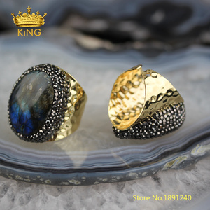 Image 4 - 5pcs Smooth Labradorite Solitaire Rings Jewelry,Random Shape sale Flash Labradorite Ring,Gold Copper Paved Rhinestone Rings YT36
