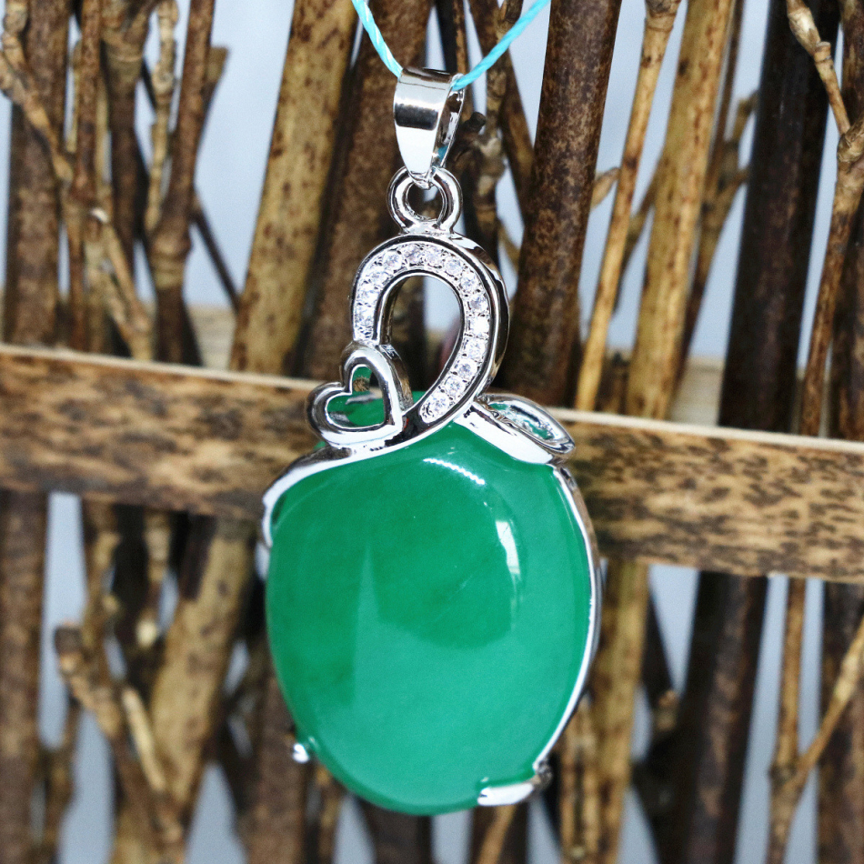 Hot sale silver-color oval drop pendant natural stone green Malasia jades chalcedony pretty gift party jewelry 19*33mm B1859