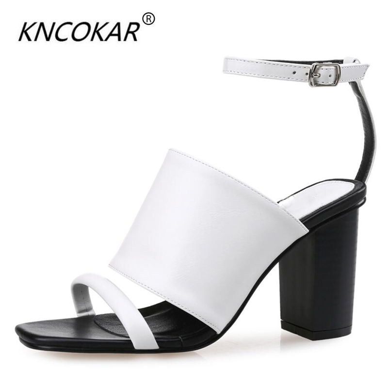 KNCOKAR2018In summer, the new type of buckler is thick with a pair of high-heeled peep-toe sandals in black and with leather sanKNCOKAR2018In summer, the new type of buckler is thick with a pair of high-heeled peep-toe sandals in black and with leather san