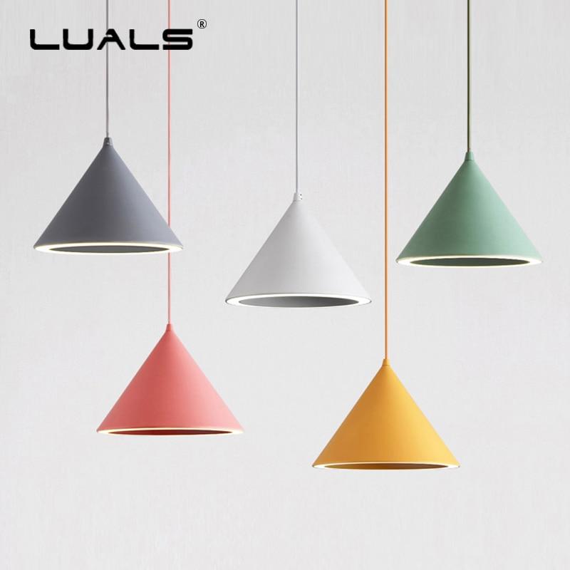 Işıklar ve Aydınlatma'ten Kolye ışıkları'de Iskandinav Lambalar Modern Kolye Işıkları Sanat Süspansiyon Armatür Moda Led Asılı Işık Kapalı Üç renkli Işık Kaynağı Aydınlatma title=