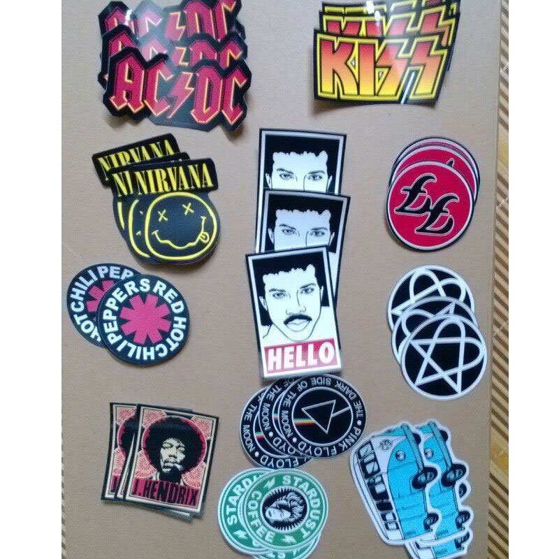A4br04 11 different styles nirvana hello kiss rock music band stardust luggage laptop removable pvc stickers motorcycle sticker in decals stickers from