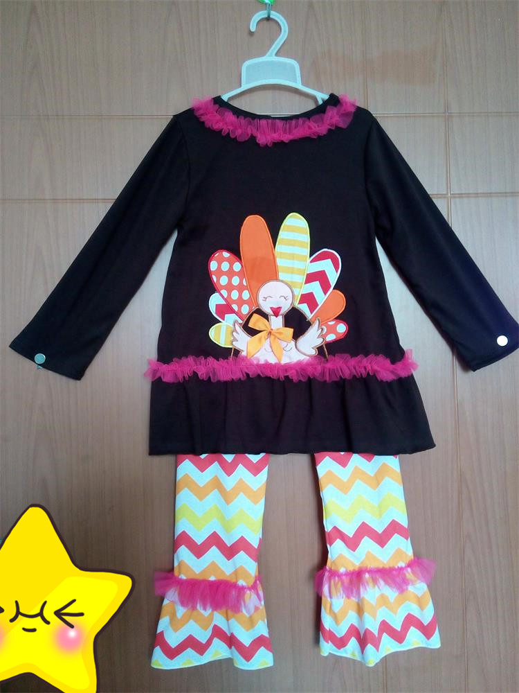 New Fashion Boutique Toddler Halloween Outfits Colorful Chevron Stripes Ruffle Pants Big Turkey Lace Top Baby Girl Clothes T005 ...