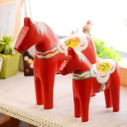 Home Decor Wood Statue Trojans Ornaments Handicrafts Carved Horse Figurines Miniature Crafts Trojan Animal Decor Wedding Gifts