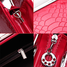 Luxury Crocodile Skin Patterned Casual Leather Clutch Bag