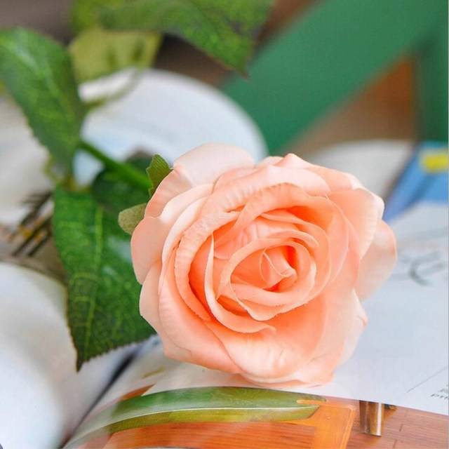 Upscale Artificial Pu Rose Flower Craft Ornament Real Touch Roses Bouquet White Red Champagne Pink For Wedding Home Decoration