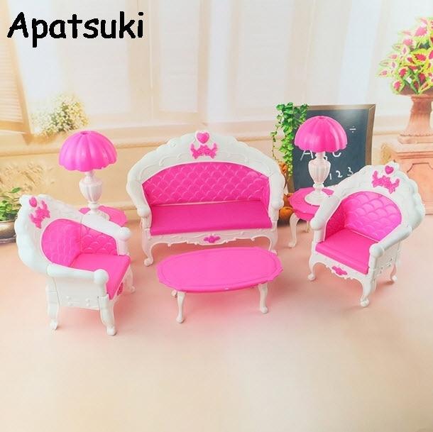 1/6 Dollhouse Furnitures Plastic Vintage Sofa For Barbie Doll Couch Desk  Lamp For Monster