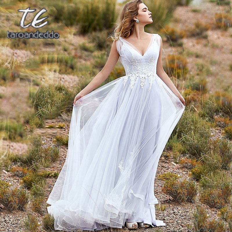 V Neck V Back Wedding Dresses Sleeveless Zipper Back Lace Appliques Tulle A Line Bridal Gown Dress With Sweep Train