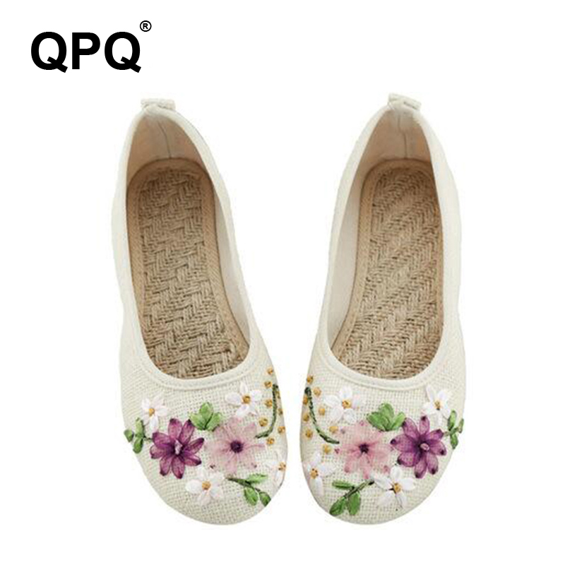 Vintage New Arrival Old Peking Women's Shoes Chinese Flat Heel With Flower Embroidery Comfortable Soft Canvas Shoes XC55 vintage embroidery women flats chinese floral canvas embroidered shoes national old beijing cloth single dance soft flats