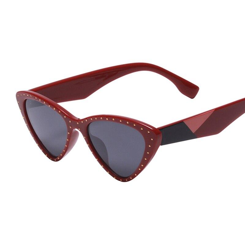 d17ceca32250 HOKU 2018 New Trendy Sunglasses Women Cat Eye Brand Rivet Sun Glasses Ladies  Triangle Shaped Glass Retro Oculos UV400 W395-in Sunglasses from Apparel ...