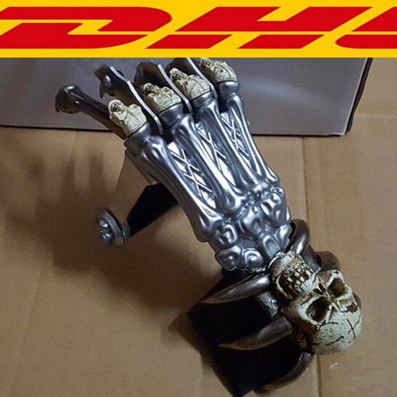 X-Men Wolverine's paw Blade Claw Paw 1:1 (LIFE SIZE) Cosplay Prop Halloween Weapons Ghost hand Collectible Model Toy Boxed T121 plastic standing human skeleton life size for horror hunted house halloween decoration