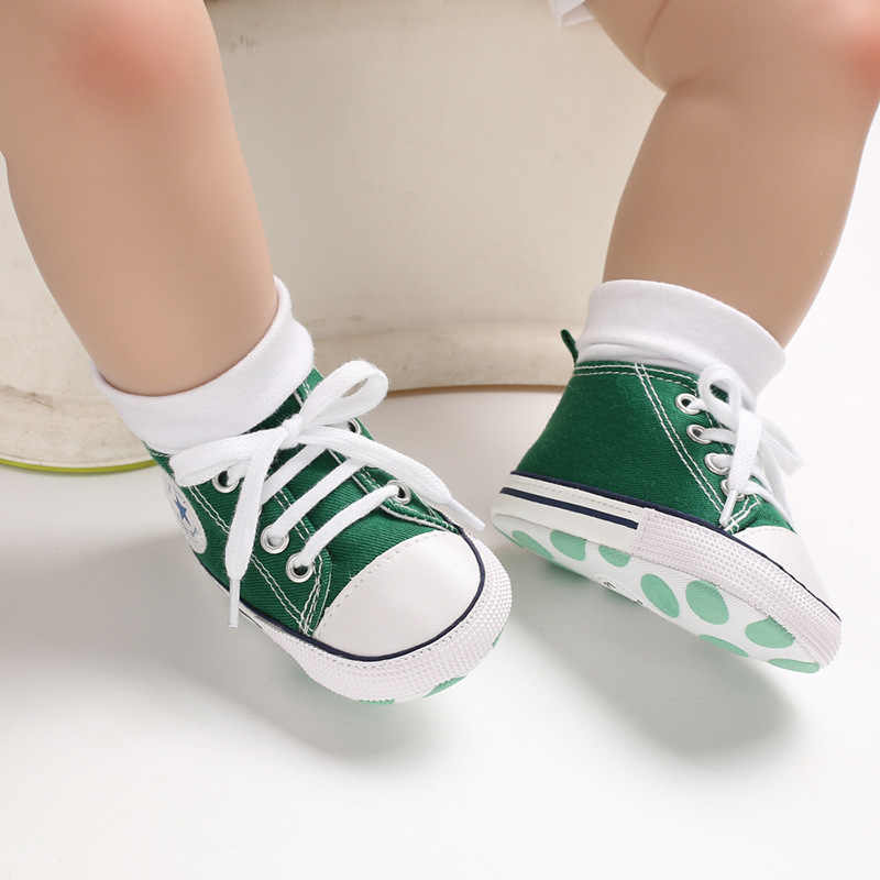 Classic Canvas Newborn Baby Boys Girls First Walkers Toddler Soft Sole Anti-slip Infant Fashion Sneakers Baby Moccasins