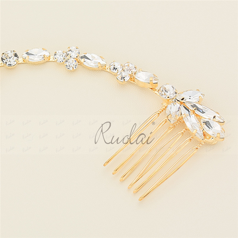 Купить с кэшбэком Silver/Gold Crystal Wedding Headpiece Headwear Wedding Hair Comb Wedding Jewelry Beaded Hair Pieces Wedding Accessories HD21