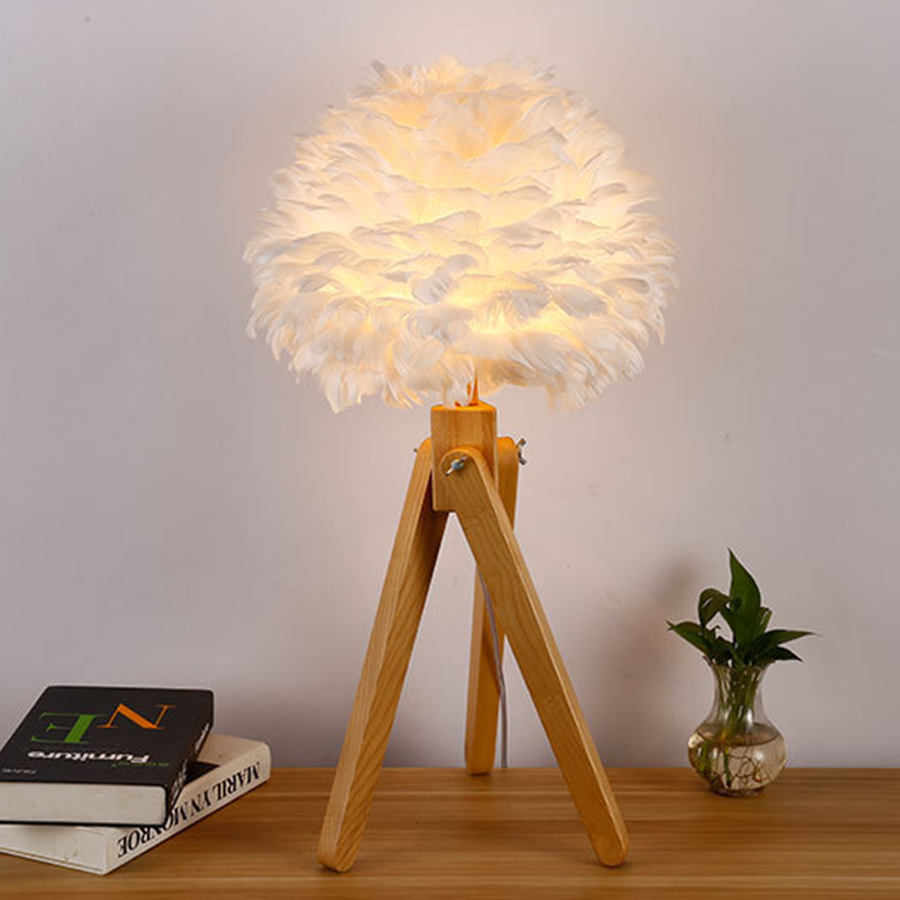 Thrisdar Nordic Creative Feather Wooden Table Lamp Romantic Warm Wedding Table Lamp Art Personality Bedroom Bedside