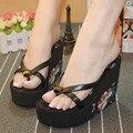 2016 engrosamiento flor flip-flop del verano de las mujeres zapatos de tacón alto de los zapatos cuñas de arrastre zapatillas