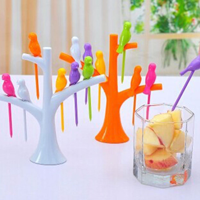 Kitchen Accessories Cooking Fruit Vegetable Tools Gadgets Fashion Fork Set Eco-Friendly Sign 2017 New Hot Sale Random color