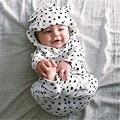 Otoño Invierno de Algodón Recién Nacido Del Bebé Muchachos de Las Muchachas Sudaderas Con Capucha de Manga Larga Dots Tops de La Camiseta + Pantalones Largos 2 unids Trajes Pijamas Set 0-24 M