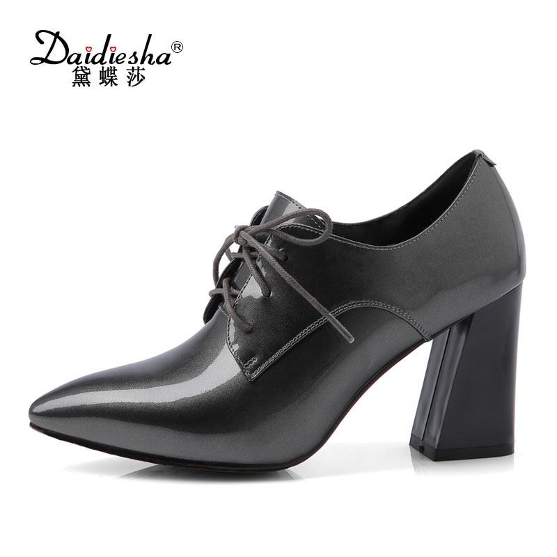 2017 каблуки mujer платаформа корова лакированной кожи красный высокие каблуки сексуальный туфли на танкетке летняя обувь свадьбы насосы плюс Размер 43