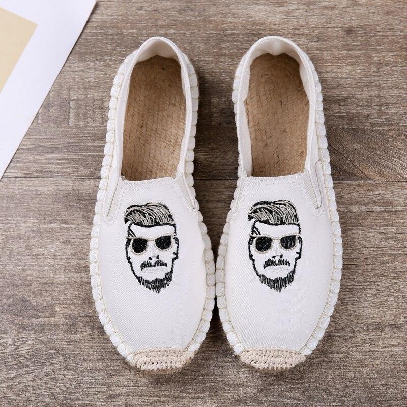 Fashion Men Summer Canvas Shoes Slip On Casual Loafers For Men Black Beige Canvas Designer Shoes Comfortable Leisure Footwear