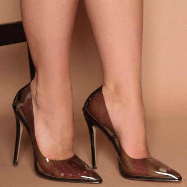 Detail Feedback Questions about 2019 New Style Transparent Shoes Sexy Sandals  Pumps Party Wedding Shoes Women Pointed Toe Pumps PVC Clear High Heels ... 2aa6fc351a7f