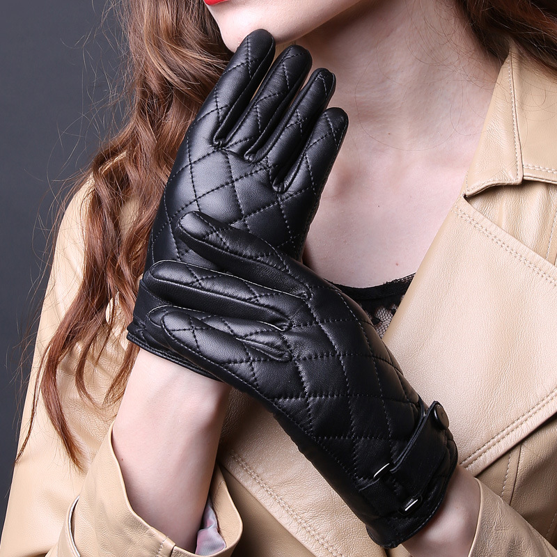 2018 New Ladies Genuine Leather Gloves Thick Winter Warm Sheep Hasp Lattice Quilted Driving Gloves Top Quality Promotion B-3615