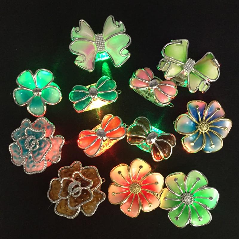 25PCS / lot 빛나는 꽃 머리 클립 조명 장난감 LED 꽃 머리 헤어 클립 헤어 액세서리 bar 파티 장식 용품