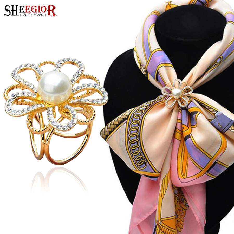 New gold color scarf brooches for women imitation pearl scarf buckle clips rhinestone brooch flower collar