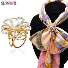 SHEEGIOR New Gold Scarf Brooches for Women Imitation Pearl Scarf Buckle Clips Rhinestone Brooch Flower Collar