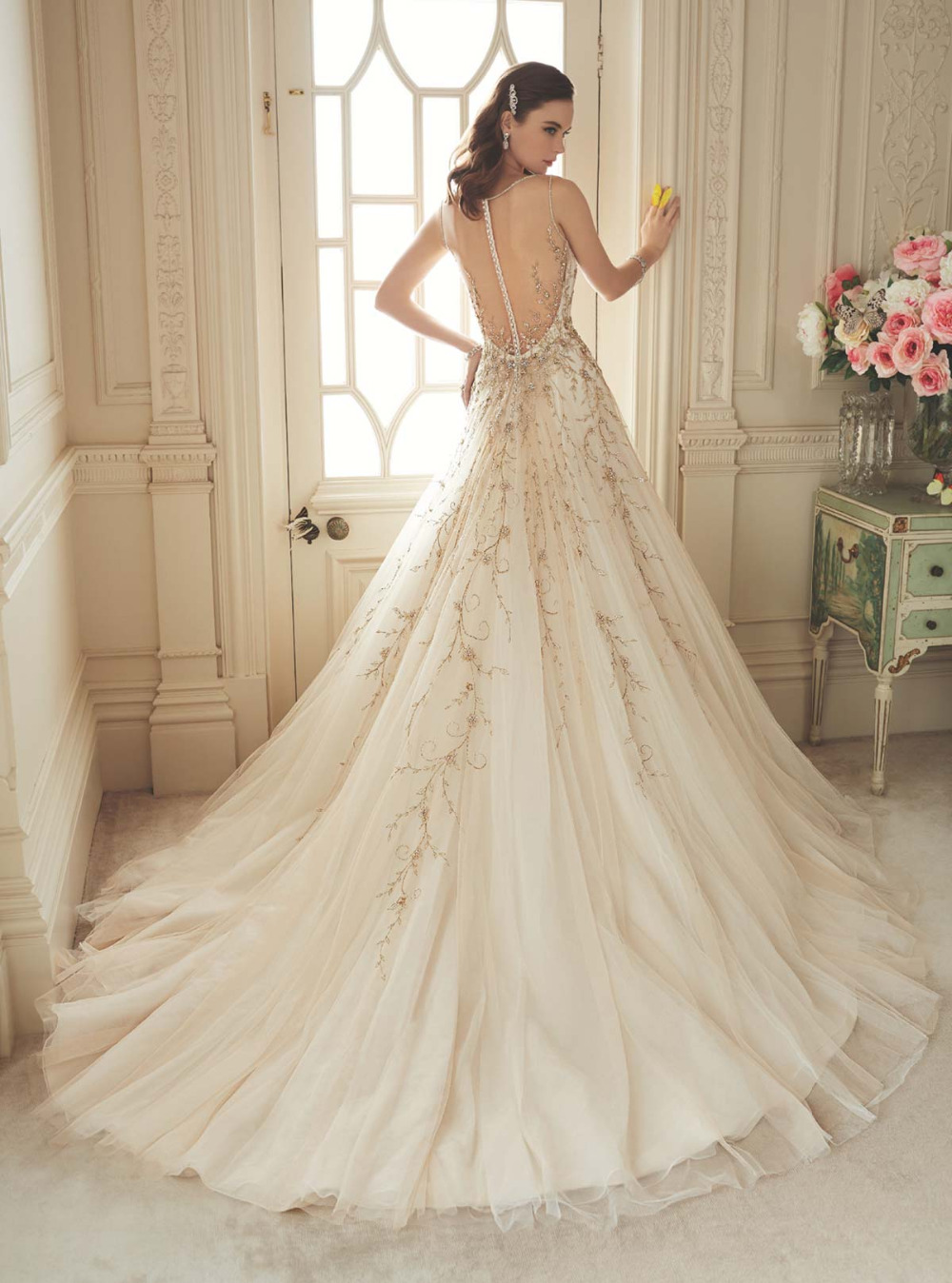 Sexy V Neck Gold Embroidery Beaded Lace Mermaid Wedding Gowns Sheer