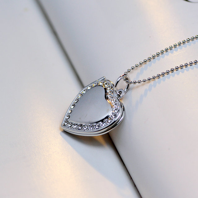 Classic Memory Photo Frame Rhinestone Crystal Heart Pendant Locket Necklace For Womens Jewellery Fashion Necklaces Jewelry 5