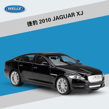 Welly 124 coche de aleación moldeado a presión modelo de juguete para jaguarared XJ con control de volante rueda delantera coche de juguete de manejo para chico con caja