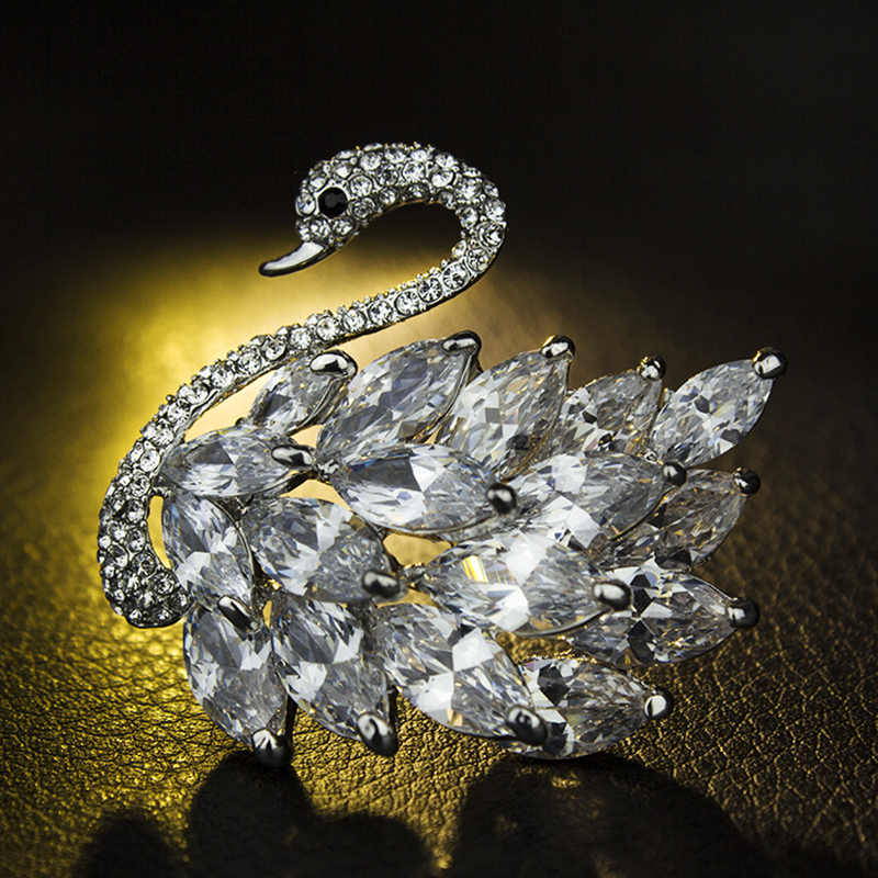2016 Luxury Brand Design Bridal Elegant Swan Brooch Silver Tone Bird Pins Rhinestone Women Jewelry