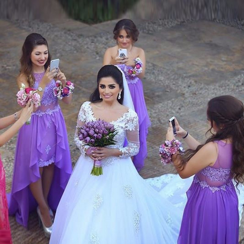 Magnífico Vestido De La Dama De Honor Púrpura Del Cordón Viñeta ...