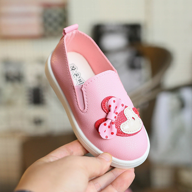 2017 Spring Autumn Cartoon Minnie Flat Sheos For Girls Cute Pink PU Leather Shoes Nice Princess Shoes Girls Sneakers A02071 Hot